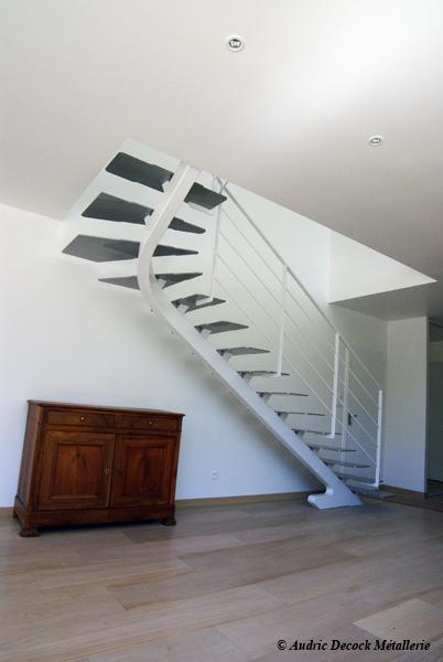 M tallerie lyon garde corps escalier m tallique verre verri re sur mesu - Escalier a limon central metallique ...