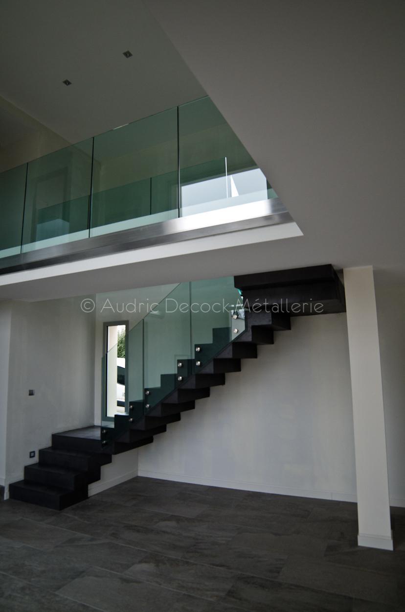 Garde-corps escalier verre