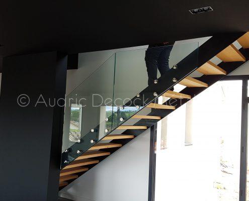 escalier en métal et bois, garde-corps verre à Lyon