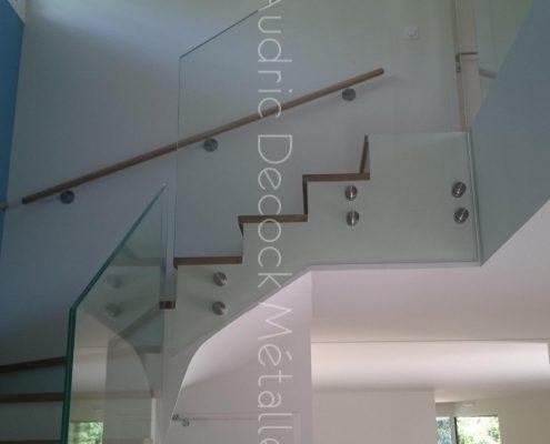 Escalier et gardes coprs en verre, marches bois