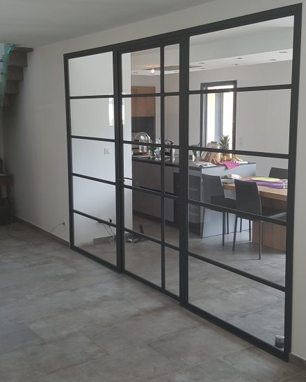 porte m tallique et verri re artisan lyon verri re sur. Black Bedroom Furniture Sets. Home Design Ideas