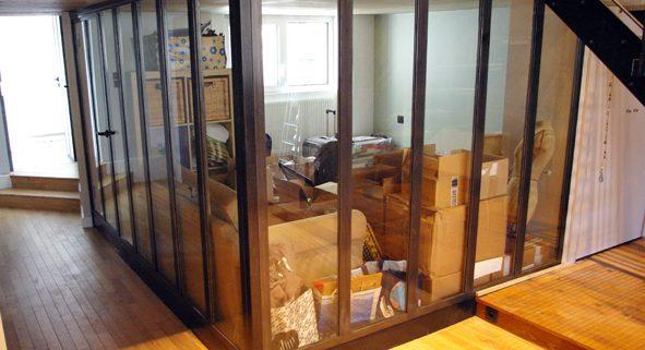 Garde-corps et châssis vitrés métalliques